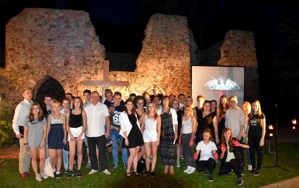 Spotkanie integracyjne w ruinach kościoła Św. Marcina
